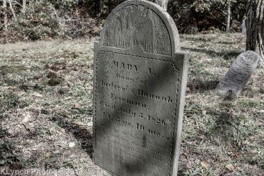 CemeteryB_BlackWhite_9