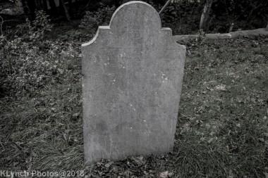 Graves_BlackWhite_32