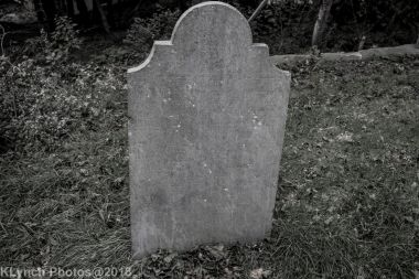 Graves_BlackWhite_32