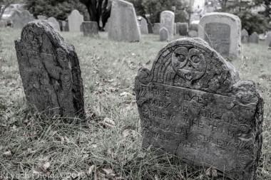 Graves_BlackWhite_64