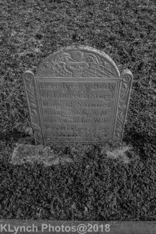 Cemetery_Yarmouth_Black_White_12