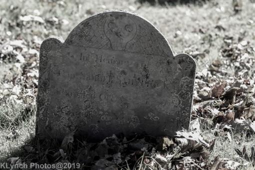 Cemetery_BlackandWhite_100
