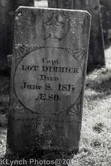 Cemetery_BlackandWhite_111