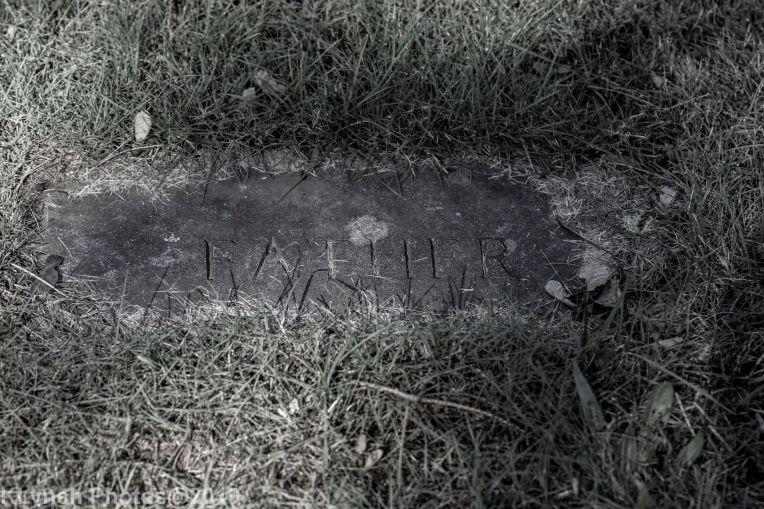Cemetery_BlackandWhite_127